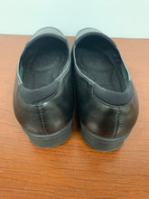Load image into Gallery viewer, NEW Easy Spirit Dunedint Black Leather Size 6.5