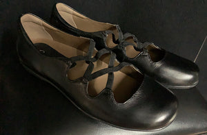 NEW Earthies Clare Mary Jane Women's Leather Black size 8