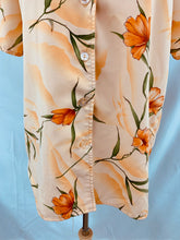 Load image into Gallery viewer, MAGGIE SWEET Size S Heavenly Floral Blouse Shirt Orange Green Peach Butt
