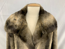 Load image into Gallery viewer, Women's GALLERY Gray and Silver Gray  Faux Fur Jacket