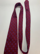 Load image into Gallery viewer, Vintage Valeraino Collection 100% Silk Handmade purple & red Tie