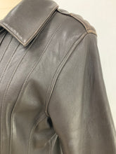 Load image into Gallery viewer, Avanti Size L Brown Genuine Leather Lined Zip Up Jacket Coat Front Pockets