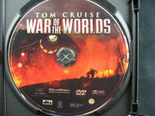 Load image into Gallery viewer, War of the Worlds (DVD, 2005, Full Screen) Dakota Fanning, Tom Cruise