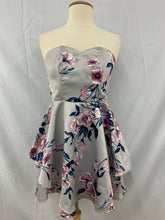 Load image into Gallery viewer, NWT Charlotte russe Size M Gray Blue Pink Sleeveless Dress