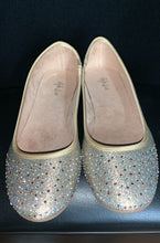 Load image into Gallery viewer, Style & co Angel Yellow and Gold Glitter Jewel Size 8 Flats