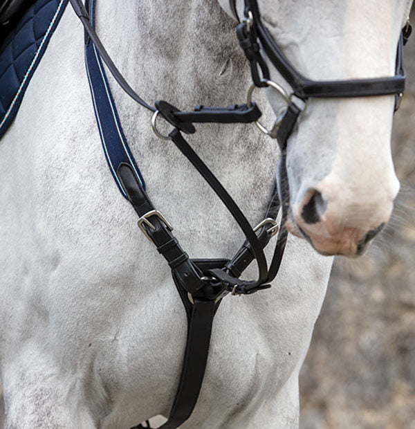 Horseware Rambo® Micklem® Breastplate - Hoofprints Innovations
