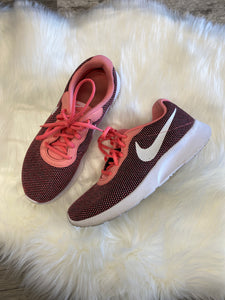 Nike Athletic Shoes Shoe 8.5-image.jpg