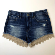 Load image into Gallery viewer, Free People Womens Shorts Size 2-IMG_9017.jpg