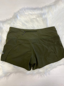 Lulu Lemon Athletic Shorts Size 7/8