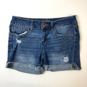 So Womens Shorts Size 3/4-IMG_9067.jpg