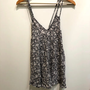 Brandy Melville Womens Tank Top Small-IMG_9411.jpg