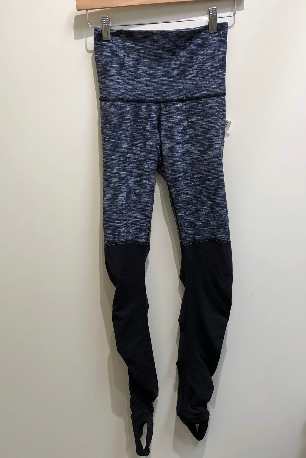 Lulu Lemon Womens Athletic Pants Size 3/4 (27)-IMG_8895.jpg