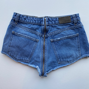 Car Mar Shorts Size 3/4