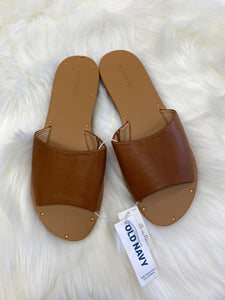 Old Navy Sandals Womens 7