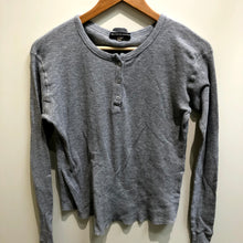 Load image into Gallery viewer, Brandy Melville Womens Long Sleeve T-Shirt Small-IMG_8815.jpg