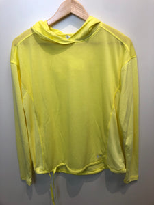 Under Armour Athletic Top Size Medium