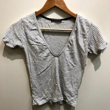 Load image into Gallery viewer, Brandy Melville Womens Short Sleeve Top Small-IMG_8859.jpg