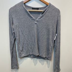 Brandy Melville Womens Long Sleeve T-Shirt Small-IMG_3906.jpg