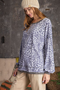 Leopard Print Knit Pullover Top