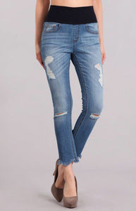 Distressed Uneven Frayed Hem Jeans
