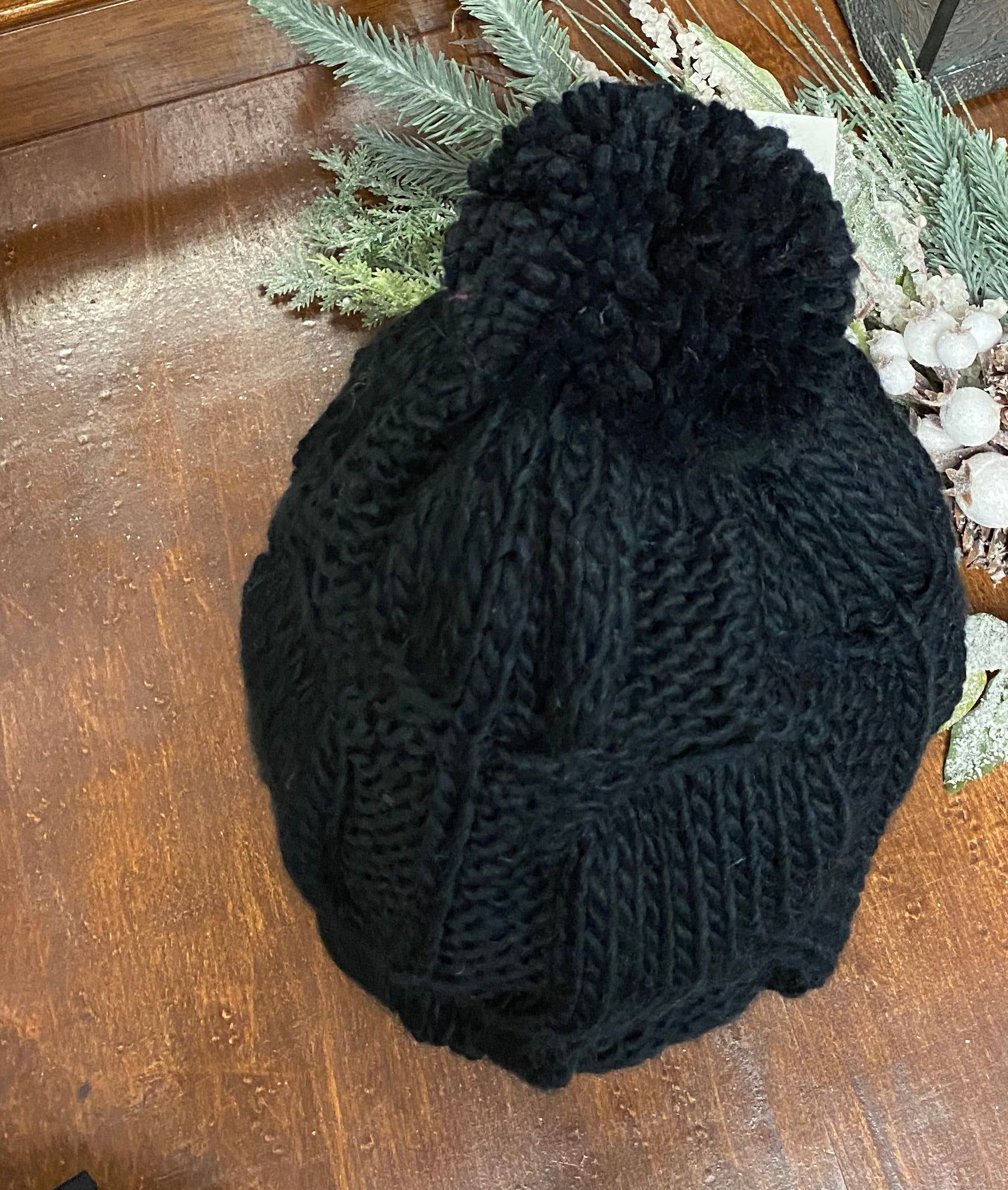 Black Large Knit Pom Hat