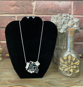 Fun With Squares Necklace Set