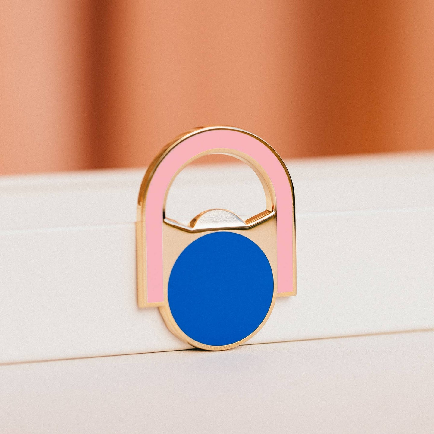 Circle Arch Bottle Opener Magnet