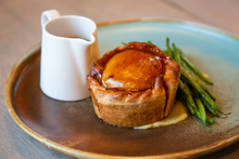 Load image into Gallery viewer, Beef Pie Kit