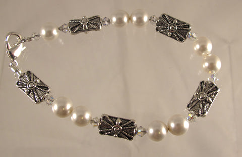 Pearls Juxtaposed Bracelet