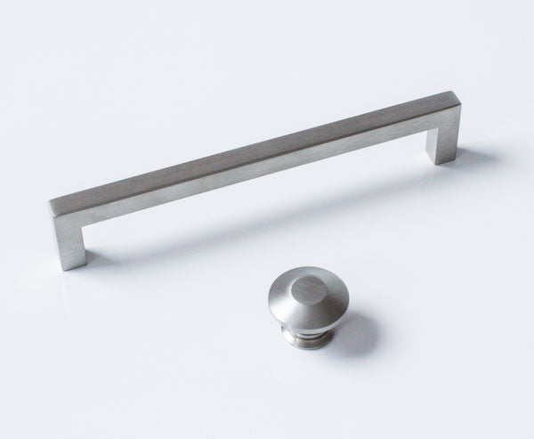 Outdoor kitchen handle  and knob