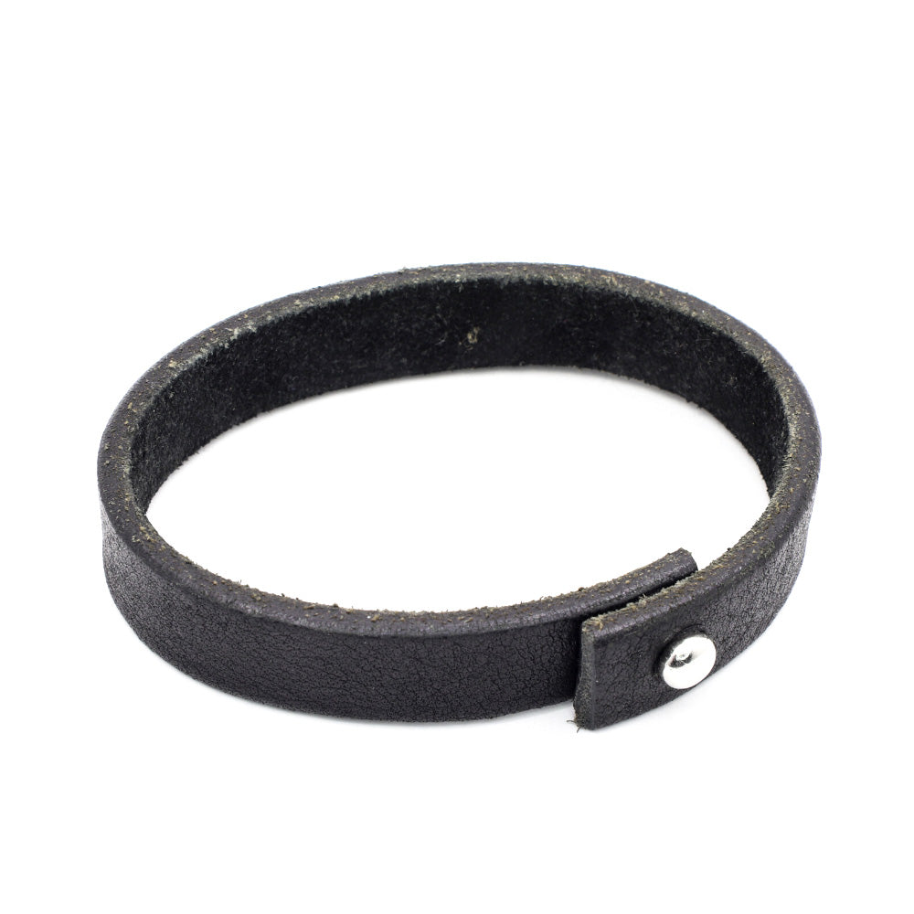 BLACK LEATHER STRAP WITH STAINLESS STEEL STUD CLOSURE