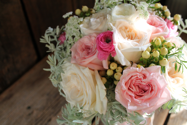 Romantic pastel bridal bouquet
