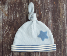 Load image into Gallery viewer, Knotted Top Organic Bubble Hat - Summer Sky Blue with Cornflower Blue Star