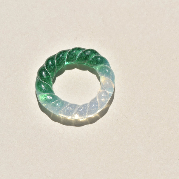 Emerald / Opal Glass Rope Ring
