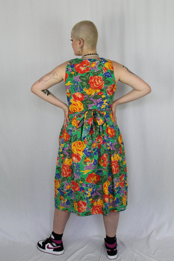 Retro floral/ fruit patterned dress