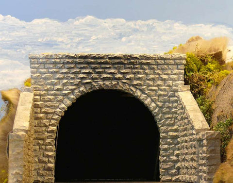 HO Chooch Double Cut Stone Tunnel Portal #8350