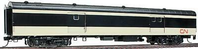 Walthers HO Pullman Standard 73' CN Baggage Car 932-15051