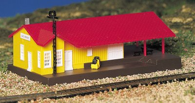 Bachmann Plasticville N Scale Freight Station 45907