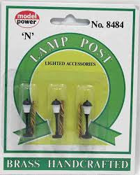 N Model Power Lighted Lamp Post 8484