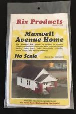 HO Rix Products Maxwell Avenue Home 628-0203