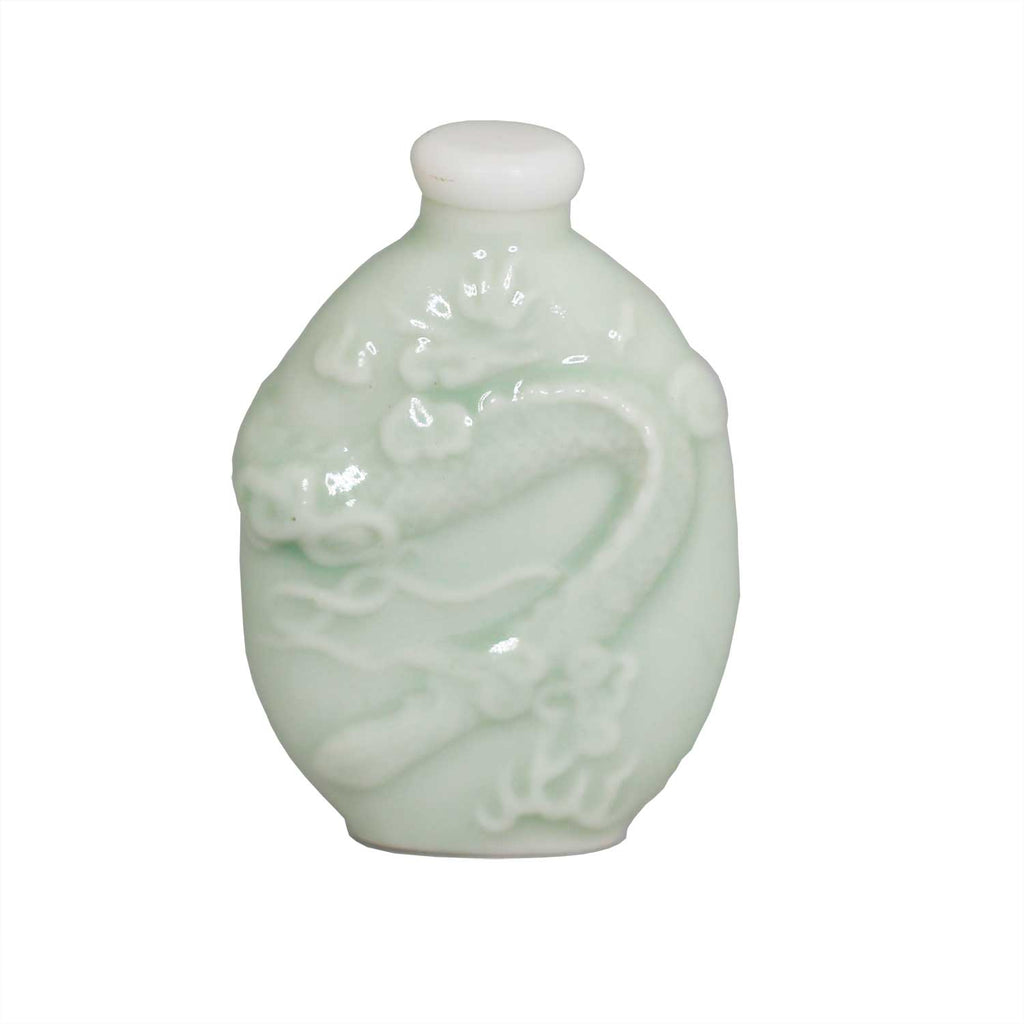 Porcelain Traditional Snuff Bottle - MrSnuff