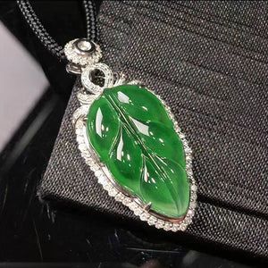 Leaf Jadeite Necklace in Green Jade