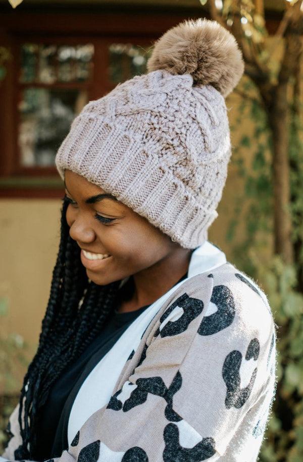 sage cable knit pom beanie