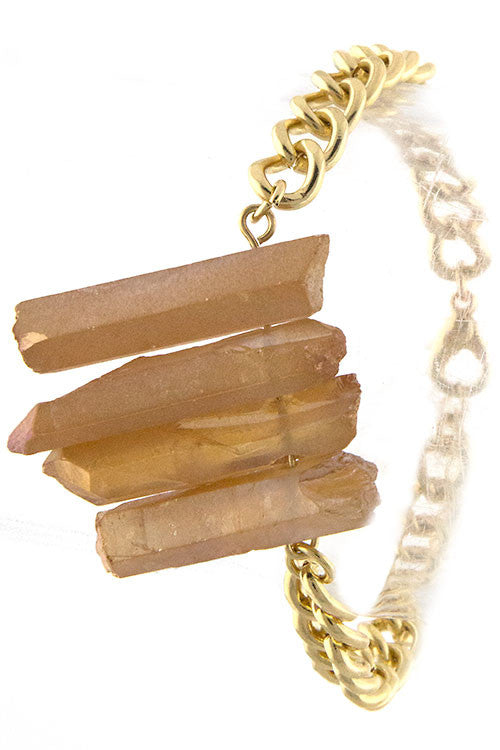 Delightful Natural Stone Accented Chain Bracelet