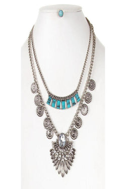 Oval Jewel with Metal Feather Layered Necklace Set