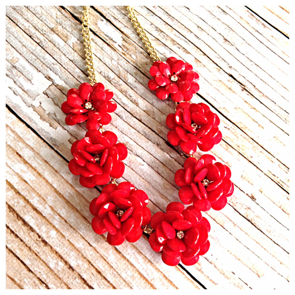 Flowers in Bloom Rosette Necklace