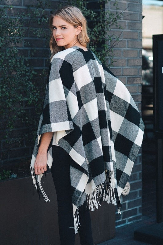 Buffalo Plaid Tassel Poncho | 2 Color Combinations