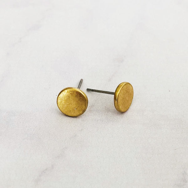 Worn Metal Simple Stud Earrings | 2 Colors