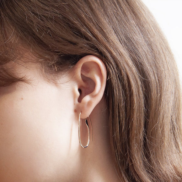 Najo Paperclip Earring in Yellow Gold