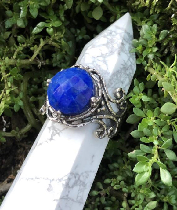 Lapis Lazuli and Sterling Silver Ring - Size 8